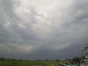 先日、雷が鳴った日の空模様です